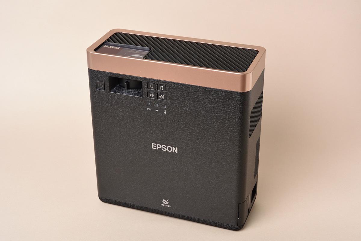 EPSON ef-100batvを立てたイメージ画像