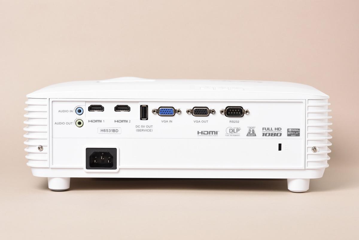 Acer H6531BDの背面画像