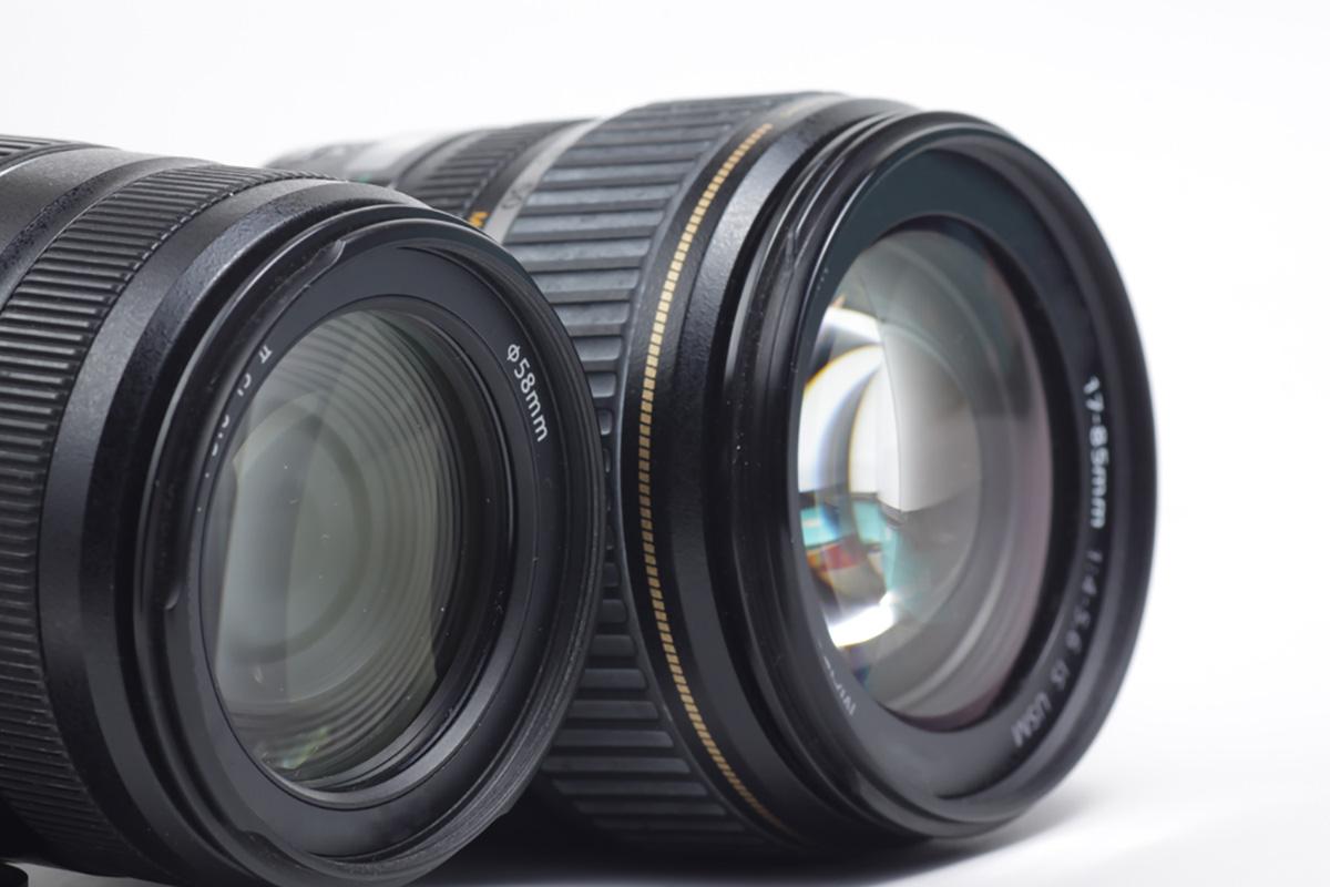 一眼レフカメラのレンズのイメージ画像
