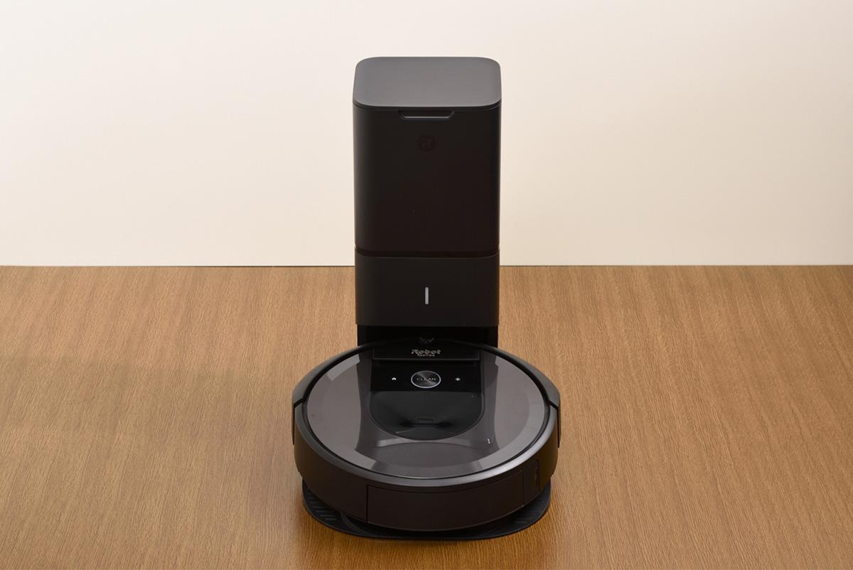 アイロボット ルンバ i7+ 「クリーンベース」画像