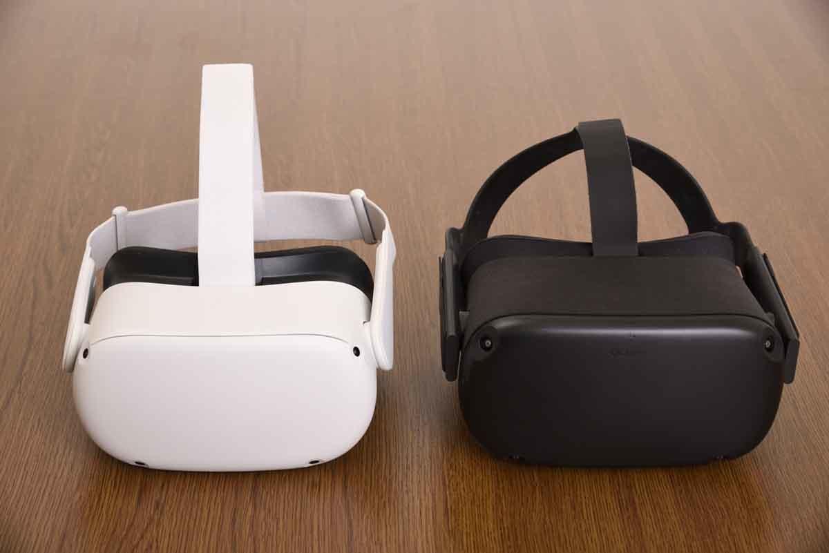 Oculus Quest 2とOculus Questの製品画像
